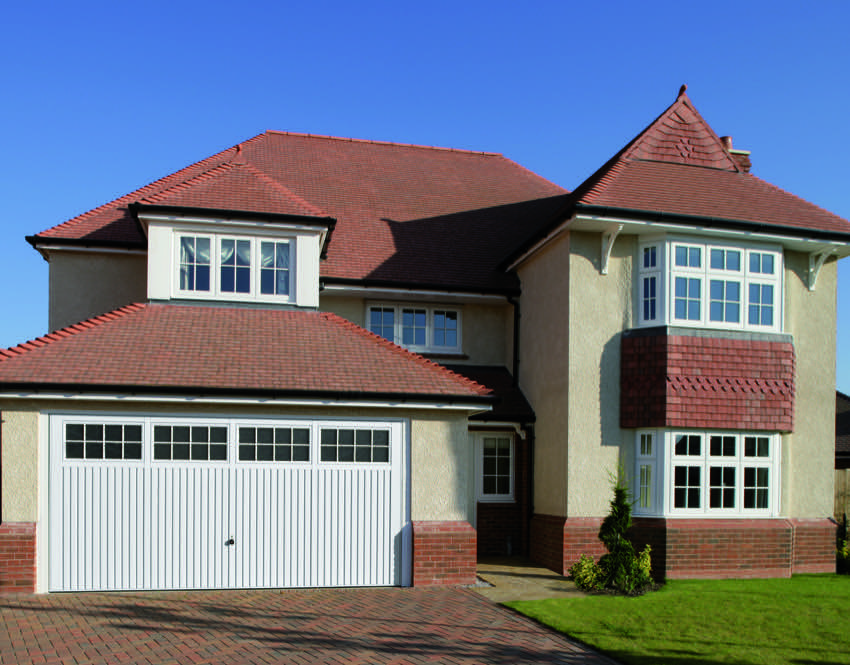 detached-house-traditional-garage-door
