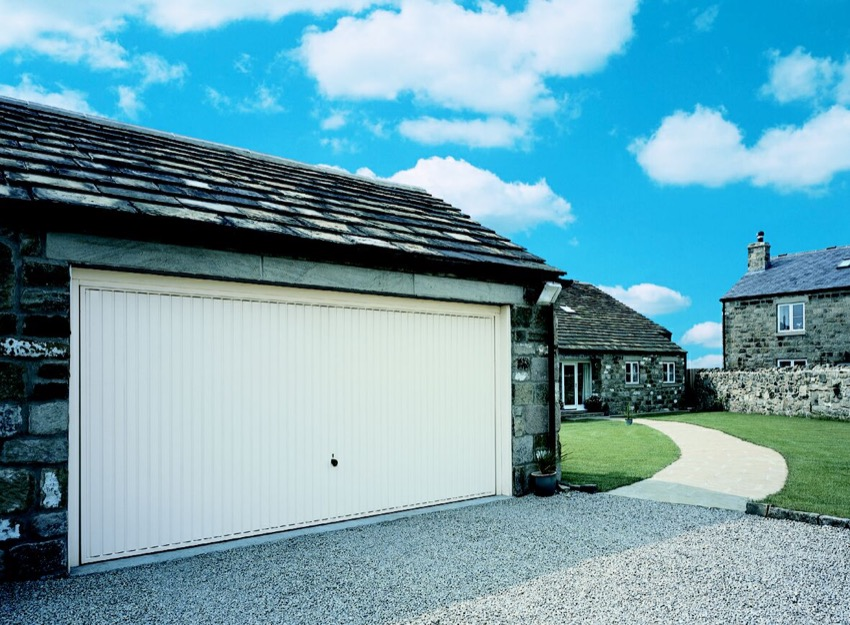 vertical-double-garage-door